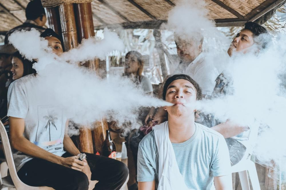 Find Out The Right Steps In Selecting Vape Wholesale Suppliers